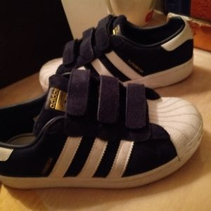Bundle pre owned kids Adidas size 1.5 for boy